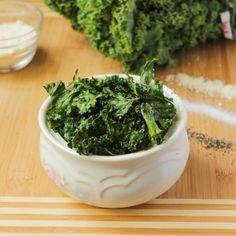 Three Ways To Make Kale Chips - Salty, Spicy and Cheesy - Jessiker Bakes | The Blog