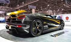 The Koenigsegg Agera unveiled at the 2011 Geneva Motor Show by the Swedish car manufacturer. The car is one of the fastest production cars in the world. Nissan Gt R, Automotive Design, Automotive Industry, Auto Design, Koenigsegg Agera R, Wallpapers Wallpapers, Hd Wallpaper, High End Cars, Car Logos
