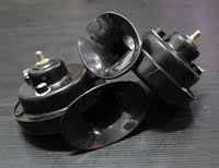 รหัสสินค้า N8  แตรหอยโข่ง (ดำ)  ส่องสว่างได้ไกล ใช้ต่อเข้ากับไฟ 12 V ติดได้ทั้งรถจักรยานยนต์และรถยนต์   (ใช้กับไฟ 12 V เท่านั้น)  ปกติ  450.-  ลดเหลือ  380.-