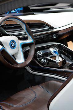vividessentials:  BMW Spaceship | vividessentials