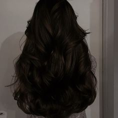 Graveyard Girl, Katherine Pierce, Aesthetic Hair, Girl Dancing, All Things Beauty, Street Style Women, Diva, Hair Beauty, Feminine