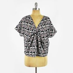 $59 SPARKLE & FADE urban outfitters #TRIBAL #IKAT print #TUNIC #shirt #blouse #top S #SparkleAndFade #UrbanOutfitters #Anthropologie #TribalPrint #Ethnic #Boho #Ebay #TrashyVintage $19.99