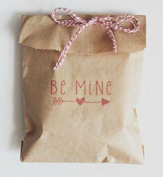 Be Mine Valentine Kraft Bags set of 10, treat bag, gift, valentines day, hearts, kids valentine handout
