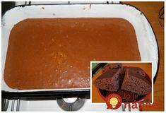 Kefírový koláčik bez vajec, úplne jednoduchý pripravený hrnčekovou metódou. Z jedného cesta môžete pripraviť akýkoľvek domáci koláčik či koláčik, na ktorý si spomeniete. pridajte ovocie, prelejte polevou, pokvapkajte rumom, alebo jednoducho odoberte kakao a pridajte