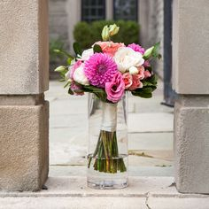 Fresh looking pink, peach, white and green bridal bouquet! photo: www.eyecontact.ca