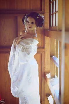 Geisha Princess Leia - Original #cosplay by Hendo Art / Photographer: https://flic.kr/p/Aoa95u