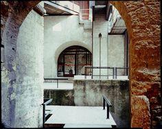 Carlo Scarpa the Visionary Concrete Stairs, Concrete Forms, Carlo Scarpa, Visual Memory, Renaissance Paintings, Venice Biennale, Chiaroscuro, Venetian Glass, Design Museum