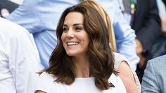 Did Kate Middleton Just Start A New Hair Trend With Her Latest Cut? See Her 'Kob' https://tmbw.news/did-kate-middleton-just-start-a-new-hair-trend-with-her-latest-cut-see-her-kob  We have all heard of the bob, and now the long bob, or the lob, is all over Hollywood. But trendsetting Kate Middleton may have just started a new trend — the 'kob.'It's kind of like 'The Rachel' from Friends. Now, we have The Kate. Kate Middleton showed off her super cute and short haircut at Wimbledon on July 3…
