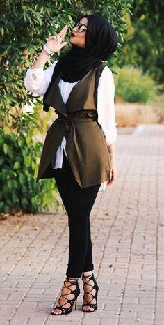 nice Love the sleeveless veste... by http://www.newfashiontrends.top/hijab-fashion/love-the-sleeveless-veste/