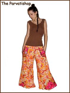 Pantalon samouraï hippie big flare pants hippy de la boutique theparvatishop sur Etsy