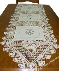 caminho de mesa com croche e pintura - Pesquisa Google