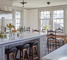 Kitchens that Prove Marble Countertops Still Reign Supreme Kitchen Stools, Kitchen Nook, Kitchen Dining, Kitchen Ideas, Kitchen Island, Bar Stools, Kitchen Cabinets, Dining Room, Purbeck Stone