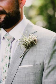 BOHO BOTANCIAL MIAMI WEDDING | Bespoke-Bride: Wedding Blog Wedding Ring For Her, Wedding Pins, Wedding Blog, Wedding Ceremony, Wedding Planner, Our Wedding, Wedding Flowers, Photo Booth Equipment, Wedding Boutonniere