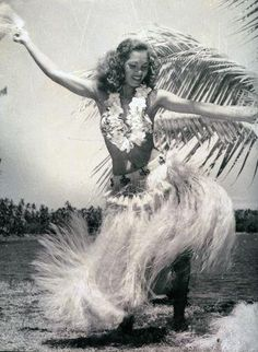 Vintage Tahitian Dancer #Vintage #Tahitian #Vahine #Dance #Dancer #Polynesian #Grass #Skirt #Bra #Top #Island #Tahiti #Retro #Classic #Black #White