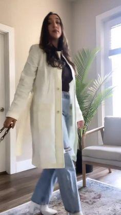 Camel Coat, Muslim Fashion, Parisian Style, Preppy Style, Feminine Style, Winter Coat, Style Guides, Coats For Women, Raincoat