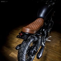 The Bonneville is a good-looking bike straight out of the box. But the Spanish custom workshop Maccomotors has taken it to a whole new level. Triumph Bonneville Custom, Triumph Scrambler, Triumph Motorcycles, Scrambler Motorcycle, Cb 750 Cafe Racer, Scrambler Custom, Moto Cafe, Races Style, Motorcycle Seats