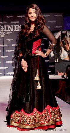 #AishwaryaRai Bachchan at Longines oldest watch in India campaign - Bollywoodlife