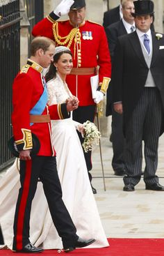 Britain's Prince William and his wife Catherine, Duchess of Cambridge leave Westminster Abbey after their wedding ceremony