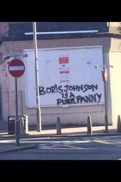 It's art, it's totally art! Funny Political Memes, Funny Memes, Boris Johnson Funny, Haha Funny, Social Justice, Fails, Street Art, Cartoons, Photo Wall