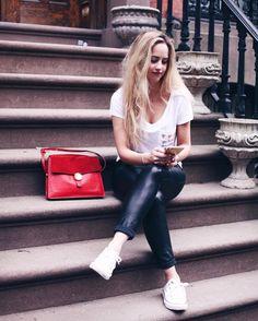 "✨Pretty @tigerelise in our ""watermelon"" pocket tee!✨ #blakeseven #loves #blondetigers #ny #newyork #fashionblog #vlog #vlogger #ootd #blondie #shop"