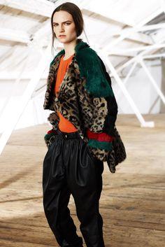 Preen Line Fall 2014 Ready-to-Wear Fashion Show