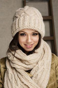 Dreda комплект (шапка+шарф) - купить оптом с доставкой по Москве и России. Примеры фото и разнообразие цветов!