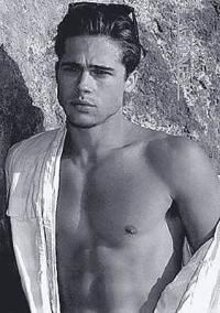 a young Brad Pitt. Brad Pitt Jennifer Aniston, Jennifer Garner, Jennifer Lopez, Brad Pitt Shirtless, Junger Brad Pitt, Brat Pitt, Brad Pitt Style, Brad Pitt And Angelina Jolie, Young Brad Pitt