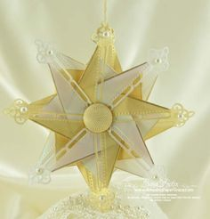 Star made with Spellbinders Marvelous Squares  #Spellbinders #diecut #ornament - gotta try this!