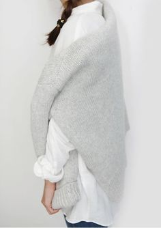 White shirt Grey sweater Layers Comfy winter look