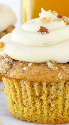 Pumpkin Pecan Pie Cupcakes with Bourbon Brown Sugar Cream Cheese Frosting