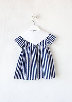 Baby Girl Dress Navy Stripes with white collar von BBELLECOUTURE