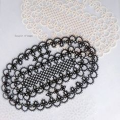 #tatting #frivolite #タティング #tattinglace #태팅레이스 #doily #black #ecru #oval                                                                                                                                                                                 More