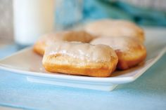 3 1/2 tablespoons whole milk  1/2 teaspoon imitation maple flavoring  2 2/3 cups powdered sugar  2 tablespoons butter softened