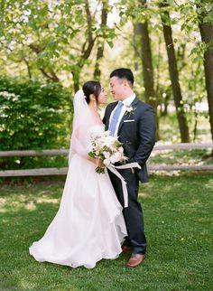Redfield Grove Outdoor Wedding, photo by Kina Wicks