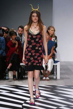 Emma Mulholland | Resort 2017 Collection — Australia | Vogue Runway