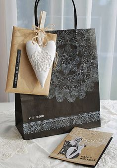 Using doilies to create pretty gift bags!