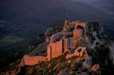 Chateau de Peyrepertuse vu de San Jordi - Château de Peyrepertuse — Wikipédia