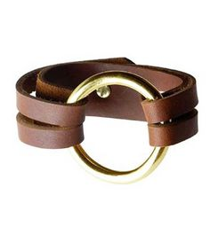 Henri Lou Inspired Leather Bracelet - Tutorial http://sometimes-homemade.com/diy-leather-o-ring-bracelet/
