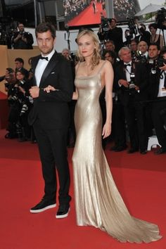 Diane Kruger & Joshua Jackson on the red carpet in Cannes