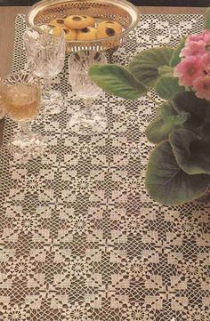 It is a website for handmade creations,with free patterns for croshet and knitting , in many techniques & designs. Crochet Tablecloth Pattern, Crochet Doily Rug, Crochet Dollies, Crochet Bedspread, Crochet Art, Crochet Squares, Crochet Stitches Patterns, Crochet Designs, Filet Crochet