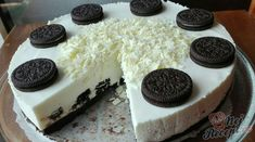Oreo cheesecake without baking, prepared in 30 minutes - Germany Rezepte Ideen Oreo Cheesecake, Cheesecake Recipes, Oreo Biscuits, No Bake Treats, Vanilla Flavoring, Food Cakes, Oreo Cookies, No Cook Meals, Bakery