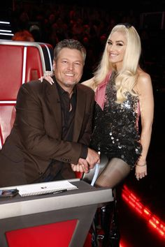 """Blake Shelton and Gwen Stefani appear on """"The Voice"""" in Los Angeles on Dec. Gwen Stefani The Voice, Blake Shelton Gwen Stefani, Blake Shelton And Gwen, Gwen Stefani And Blake, Gwen Stefani Style, Cute Celebrity Couples, Celebrity Photos, Gwen Stephanie, Gwen And Blake"""