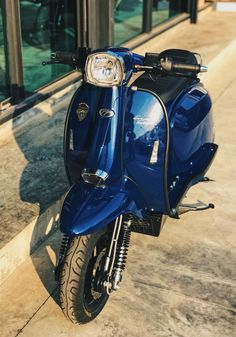Scomadi TT200i Scooter : Deep Blue (by Everyday's Toshi)