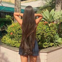 Projeto Along Hair – Recupere em 30 dias Beautiful Long Hair, Gorgeous Hair, Long Dark Hair, Long Silky Hair, Hair Upstyles, Really Long Hair, Rapunzel Hair, Brown Blonde Hair, Hair Lengthening