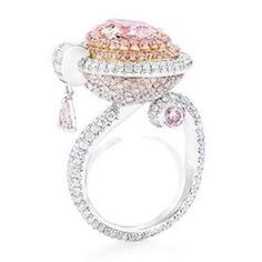 Rosamaria G Frangini | High Pink Jewellery | Anna Hu Pink Diamond Ring