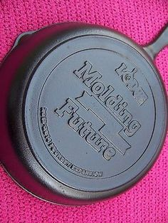 LODGE LIMITED EDITION Cast Iron MOLDING Expansion 2013-2014 Advertising