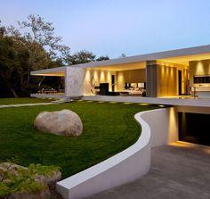 The Glass Pavilion House