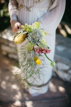 Natural Vintage Wedding by Kikitography Greenery, Bouquet, Weddings, Table Decorations, Bride, Nature, Vintage, Wedding Bride, Naturaleza