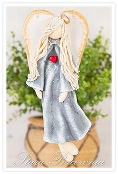 aniołek z masy solnej, salt dough angel, aniołki z masy solnej, masa solna, figurka z masy solnej. www.starapracownia.blogspot.com