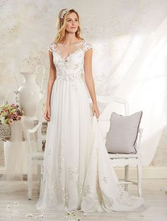 Alfred Angelo Bridal Style 8545 from Modern Vintage Bridal Gowns Modern Vintage Weddings, Vintage Style Wedding Dresses, Wedding Dresses Photos, Wedding Dress Trends, Vintage Bridal, Wedding Dress Styles, Wedding Attire, Bridal Style, Bridal Dresses